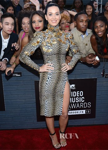 Katy-Perry-In-Emanuel-Ungaro-2013-MTV-Video-Music-Awards