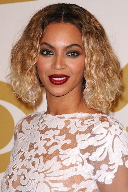 Beyoncé veste Michael Costello