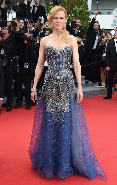 Nicole Kidman veste Armani Privé