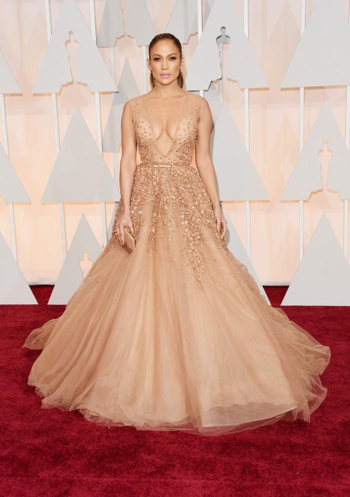 Jennifer Lopez veste Elie Saab