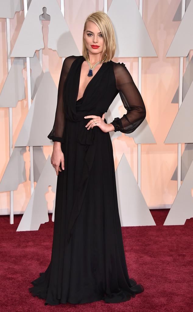Margot Robbie veste Saint Laurent